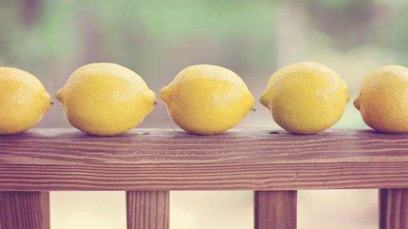 El limón como agente de limpieza económico del hogar