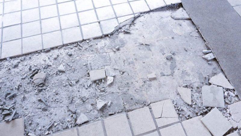 Cambiar azulejos rotos