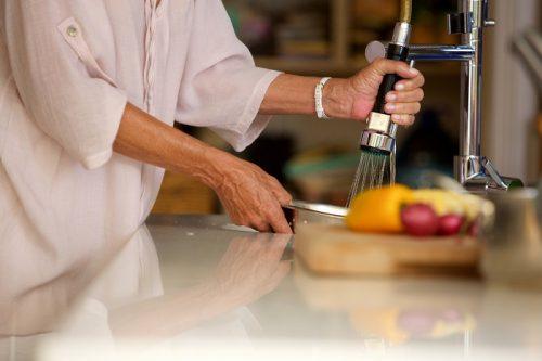 Características de los grifos de cocina extraíbles